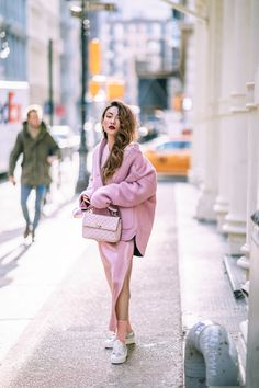 How to Pull Off Springs Trends in the Winter - Pink Monochrome Outfit     Notjessfashion 860ea1d1f