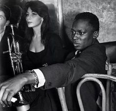 Miles Davis and Juliette Greco at a jazz club in Paris Miles Davis, Jazz Artists, Jazz Musicians, Blues Rock, Ray Charles, Juliette Greco, Kind Of Blue, Cool Jazz, Jazz Blues