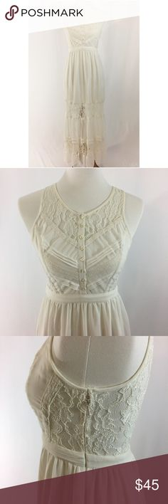 """Boho white lace maxi dress White lace maxi dress • Size 4 (fits XS-S). Chest 16"""", Waist 12.5"""", Hips 22"""", Length 55""""- measurements taken with dress laid flat. Original price $120 at Urban Outfitters. Only worn once. Zipper entry in side. No flaws. No try-ons, however I am more than happy to answer any questions. Kimchi Blue Dresses Maxi"""