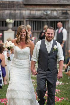 This gorgeous Nashville real wedding was captured by Details Nashville! #w101nashville #nashvillerealwedding #detailsnashville #nashvilleweddingphotographers
