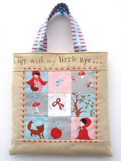 "FREE project"" ""A Walk in the Woods-- Mini Tote Tutorial"" (from VeryKerryBerry)"