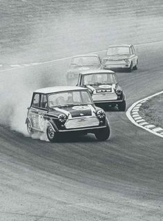 Classic Minis in action (18 Photos) – theTHROTTLE