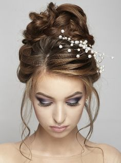 Coafura de mireasa si make-up Donna Carina! Bridal hair-style and make-up.