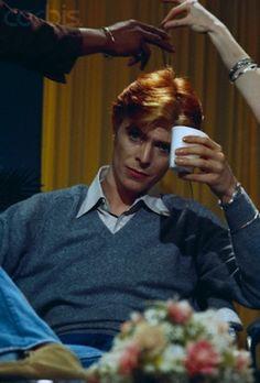 David Bowie on Rona Barrett's Hollywood TV Show, ca. 1974, Los Angeles, California, USA © Michael Ochs Archives/Corbis
