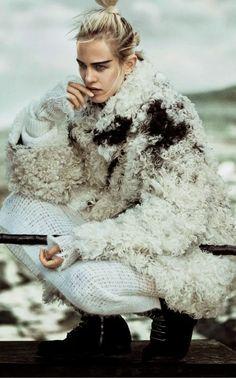 Vogue Japão Janeiro 2015 | Aymeline Valade por Boo George