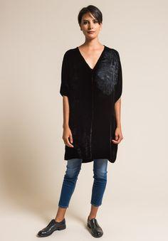 Hand-Painted Velvet Short Sleeve V-Neck Tunic in Black