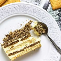 Have you ever tried No Bake Biscuit & Pudding Cake? If not, I suggest you put it on you To Do list! Layers of biscuits & pudding topped with biscuits crumbs as well as grated… No Bake Biscuit Cake, Biscuit Pudding, No Bake Cake, Pudding Desserts, Pudding Cake, Easy Desserts, Dessert Recipes, Pudding Recipe, Dessert Recipe Without Oven
