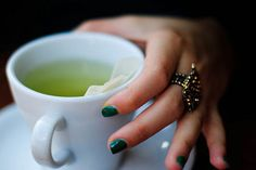 A glass of refreshing green tea won't just calm you down; it will also help keep you cancer-free. Green tea contains a natural chemical that fights free radicals, decreases inflammation from the inside out, and may ultimately prevent the development of skin cancer.  Make sure it's decaf. Caffeine is a dehydrating agent. When your body is thirsty, it tells the brain to suck fluid out of the skin.