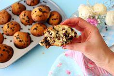 Nasıl pamuk, nasıl yumuşacık mis gibi.. 'En iyi' diye kolay kolay demem ama gerçekten bu muffin şuana dek yaptıklarım arasında en lez...