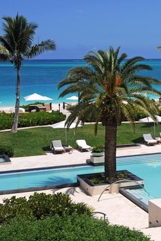 Grace Bay Club is where the upper crust trades wingtips and stilettos for beachfront luxury. Grace Bay Club (Providenciales, Turks and Caicos Islands) - Jetsetter