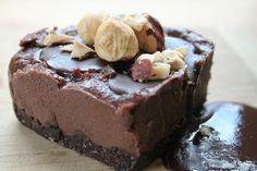 Aprende a preparar Tarta de cuajada y chocolate con Thermomix con esta rica y fácil receta. Si estas buscando una receta fácil y rápida pero quieres preparar un plato elegante y vistoso...