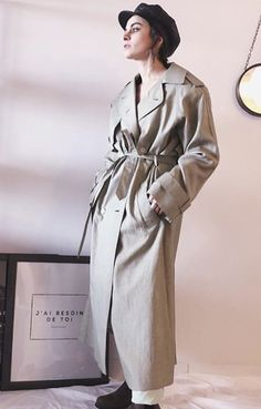 Eco-fashion is a smart idea! Les dames vintage is a modern thrift store that provides vintage-style clothing and accessories for women of all sizes. Vintage Style Outfits, Vintage Fashion, Insta Ideas, Trench, Thrifting, Fashion Outfits, Store, Business, Coat