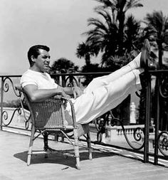 Cary Grant's Former Home in Palm Springs For Sale
