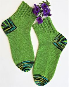 fritzicreativ - Socktober 2018 fritzicreativ - Socktober 2018 Record of Knitting String spinning, weaving and stitching jobs such as for example BC. Knitting Socks, Knitting Needles, Start Knitting, Easy Knitting, Big Knit Blanket, Big Knits, Knit Pillow, String Bag, Knitting For Beginners