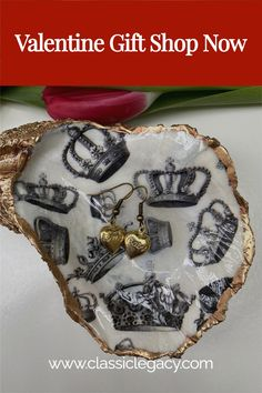 The Classic Legacy crown theme oyster shell dish is handmade in our studio.   It can be used to hold jewelry or even small candies.   This makes a wonderful Valentine gift. Jewelry Dish, Shell Jewelry, Wine Carrier, Oyster Shells, Ring Dish, Wine Charms, Craft Box, White Gift Boxes, Hostess Gifts