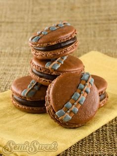 May the Fourth be with you. . . and your snack time with these DIY Star Wars Macarons. Get the tutorial at SemiSweet!
