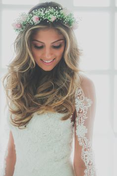 Boho Romantic Wedding on the beach hairstyle.