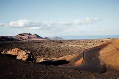 comment voir le parc national de Timanfaya Parc National, Blog Voyage, Beautiful World, Road Trip, Mountains, Nature, Travel, Life, Meet