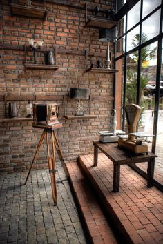 Easy Industrial Vintage Decor Ideas For A Brick & Steel Living Space Vintage Industrial Design No. Brick Interior, Industrial Interior Design, Vintage Industrial Furniture, Industrial Living, Industrial Shelving, Industrial Interiors, Vintage Home Decor, Home Interior Design, Industrial Style