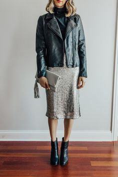 4840560a96f3 19 Best Sequin skirt outfit images