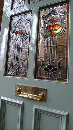 Glass art Projects Photo Transfer - Stained Glass art Christmas - Tiffany Glass art - Stained Glass art For Beginners - Sea Glass art Clothes Line Glass Door Knobs, Glass Front Door, Glass Doors, Broken Glass Art, Sea Glass Art, Stained Glass Door, Leaded Glass, Fused Glass, Victorian Front Doors