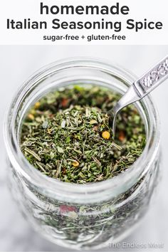 PIN TO SAVE! Italian seasoning is a blend of dried Italian herbs and spices. It's mild flavored and goes well with most pasta sauces, chicken dishes, soups, sides, and more. You'll love it! #theendlessmeal #italianseasoning #italian #spice #spiceblend #italianspice #oregano #basil #italianrecipe #seasoning #sugarfree #diy #mealprep How To Dry Rosemary, How To Dry Oregano, How To Dry Basil, Easy Whole 30 Recipes, Whole Food Recipes, Spice Blends, Spice Mixes, Homemade Italian Seasoning