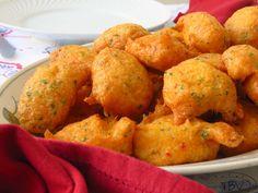 Portuguese Recipes, Portuguese Food, Cod Fish, Yummy Food, Tasty, Fish And Seafood, Baking Recipes, Main Dishes, Recipies