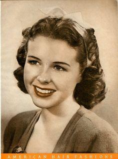 1940's hair.. love it.