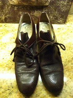 Vintage Yves St Laurent YSL Brown Leather Shoes Oxfords 9