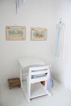 Vintage desks in kids' rooms