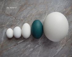 Fler BLOG   Mithril-art / Jak se rodí kraslice Viria, Egg Decorating, Easter Eggs, Carving, Christmas, Wood, Carved Eggs, Xmas, Wood Carvings
