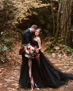 Hot or Not: Halloween Wedding Ideas For Daring Couples ❤ See more: www.wedding… Hot or Not: Halloween Wedding Ideas For Daring Couples ❤ See more: www. Halloween Wedding Dresses, Wedding Dresses For Girls, Wedding Gowns, Halloween Weddings, Chic Halloween, Wedding Dresses With Black, Bridal Gown, Bridesmaid Dresses, Gothic Wedding Dresses
