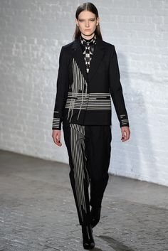 Yigal Azrouël - Fall 2015 Ready-to-Wear - Look 5 of 31 #fashion #fashionweek #instant #fw2015 #runway