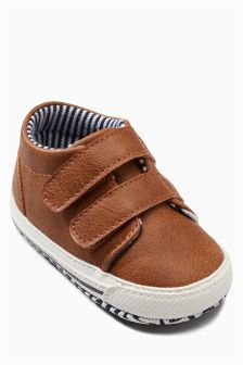 tan pram shoes