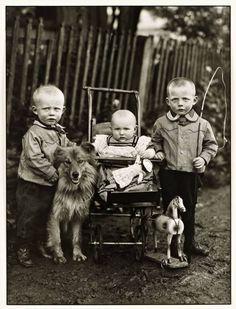 ~~August Sander 'Farm Children', c. 1913~~