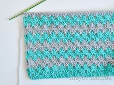 Crochet Baby Blankets Incredibly Fast And Easy Baby Blanket Crochet Pattern - Easy, super-fast and beautiful! This fast and easy baby blanket crochet pattern is perfect! Crochet Blanket Patterns, Baby Blanket Crochet, Crochet Stitches, Knitting Patterns, Knit Crochet, Crochet Blankets, Crotchet, Baby Afghans, Free Crochet