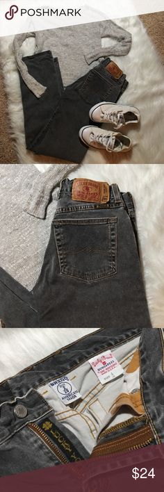 "Lucky Brand Jeans 281 Lower Rise Classic Gray 2 26 Lucky Brand 🍀 Jeans 281 Lower Rise Classic Gray 2 / 26 measures approx 30"" inseam, 8"" rise, 13"" waist laying flat. Gray vintage color. Some wear at bottoms of legs as shown. 5 pockets 98% cotton 2% Lycra style 8281A40 cut R4041 01. Good used condition. Lucky Brand Jeans Straight Leg"