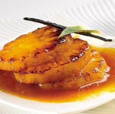 Ananas flambé pour le dessert