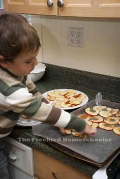 Cooking With Your Kids: Baked Apple Chips | The Freckled Homeschooler