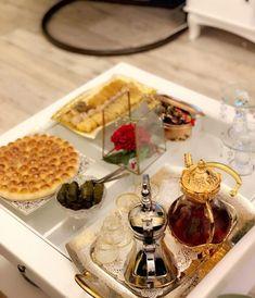 Coffee Presentation, Girly Images, Coffee Break, Ramadan, Table Settings, Foods, Tea, Beauty Tricks, Food Food