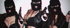gangster girl with a mask Gangsta Girl, Fille Gangsta, Twitter Header Badass, Twitter Header Photos, Twitter Headers, Badass Aesthetic, Bad Girl Aesthetic, Photo Bleu, Squad Pictures