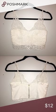 White Lace Crop Top New without tags - in perfect condition. Please feel free to ask questions or make an offer that you feel is reasonable☺️ Tops Crop Tops