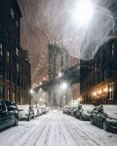 """Even a blizzard couldn't produce the lines of """"snow"""" in the background. Snowing (New York City) by A Frenchman In NY / Winter Szenen, Snow Scenes, City That Never Sleeps, Mykonos, Belle Photo, Empire State Building, Cities, Beautiful Places, Scenery"""
