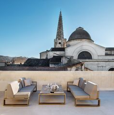 HÔTEL D'ALMERAN: Traversing Four Centuries of Architecture & Design