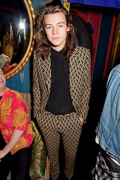 Harry Styles Spotted in Gucci Fall 2015 Suit