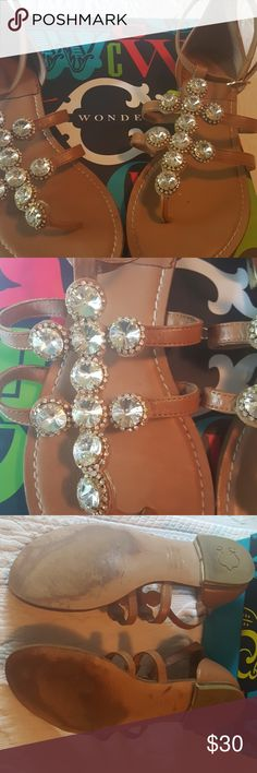 A little sparkle  to  any outfit These adorable sparkl sandals  are a perfect  neutral bit of fun for any outfit!!!! C wonder Shoes Sandals