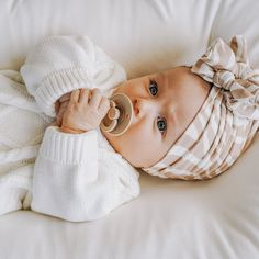 Cute Little Baby, Little Babies, Little Ones, Cute Babies, Baby Kids, Cute Baby Girl Outfits, Cute Baby Clothes, Cute Baby Videos, Stylish Kids