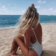 Black and white striped swimsuit with low back and straps // sun sea and sand