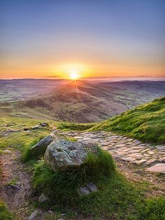 Sunrise over Mam Tor in the Peak District, Derbyshire.