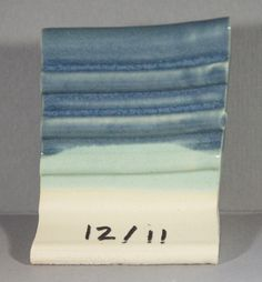 Anne's Blue over Mexico Point on a. Light to medium running Glazes For Pottery, White Clay, Pottery Ideas, Stoneware, Mexico, Ceramics, Running, Tableware, Blue